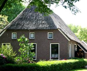 immobilien in niederlande kaufen oder mieten. Black Bedroom Furniture Sets. Home Design Ideas